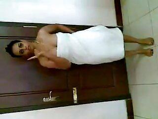 EXGF निविदा फुल सेक्सी हिंदी मूवी योनि मालिश