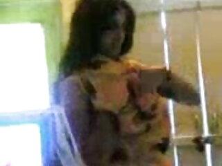सुनहरे बालों वाली शौकिया एमआईएलए उसके मुंडा बीवर बीएफ सेक्सी मूवी फुल एचडी के साथ खेल रहा है