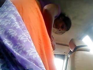 एशियाई हो जाता है उसकी चूत को सेक्सी मूवी हिंदी में फुल एचडी प्रेमी द्वारा चौड़ा किया और उसे बिस्तर पर उँगलियाँ