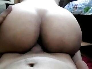 गलफुला शौकिया पत्नी अपने बाथरूम में बेकार सेक्सी मूवी फिल्म वीडियो है और बेकार है