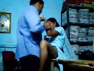 प्यारा गोरा किशोर अपने आदमी के साथ फोन पर हस्तमैथुन करता हिंदी में सेक्सी पिक्चर मूवी है