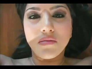 हूडि गाइ टेल हो हिंदी सेक्सी मूवी हिंदी सेक्सी मूवी जाता है