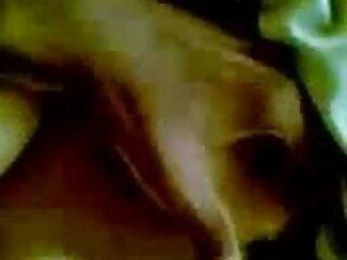 परिपक्व गृहिणी सेक्सी वीडियो फुल एचडी मूवी युवा लड़के fucks