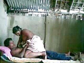 गोरी लड़की ईबोनी चेहरे पर बैठती है और जीभ को गहरी और तेजी से सेक्सी फुल फिल्म सेक्सी बाहर निकालती है