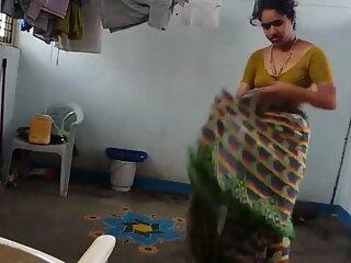 Z44B 241 हिंदी सेक्सी मूवी वीडियो में इतना टाइट