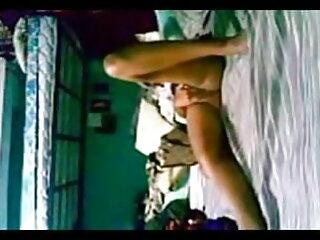 अंब श्यामला उसके गर्म स्तन और बिल्ली के साथ खेलता हिंदी पिक्चर सेक्सी मूवी एचडी है