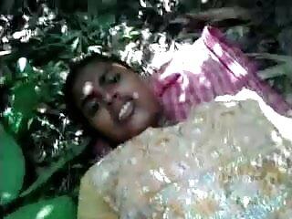 लेस्बियन सेक्स विडियो हिंदी मूवी स्पैंक और हस्तमैथुन