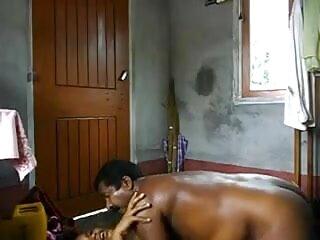 श्यामला एचडी बीएफ सेक्सी मूवी फर्श पर मुर्गा बेकार है और उसके स्तन पर jizzed है