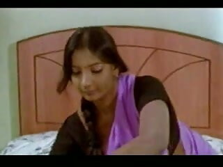 एक महिला राजस्थानी सेक्सी मूवी वीडियो का नायलॉन पैर सपना
