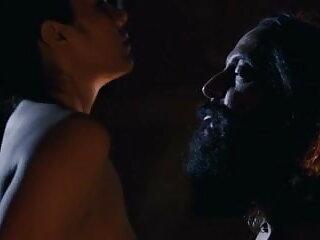 कामुक सेक्सी मूवी वीडियो हिंदी में माँ अपने डिक की सवारी का आनंद लेती है